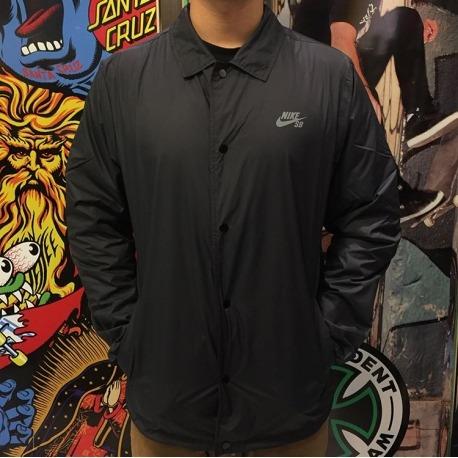 Jaqueta Nike Shield Black